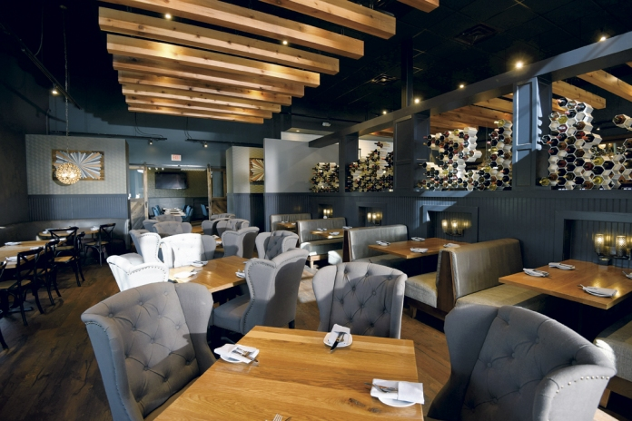Main Dining Room at the Middletown Louvino