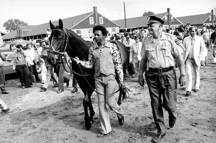 Seattle-Slew-at-the-Kentucky-Derby