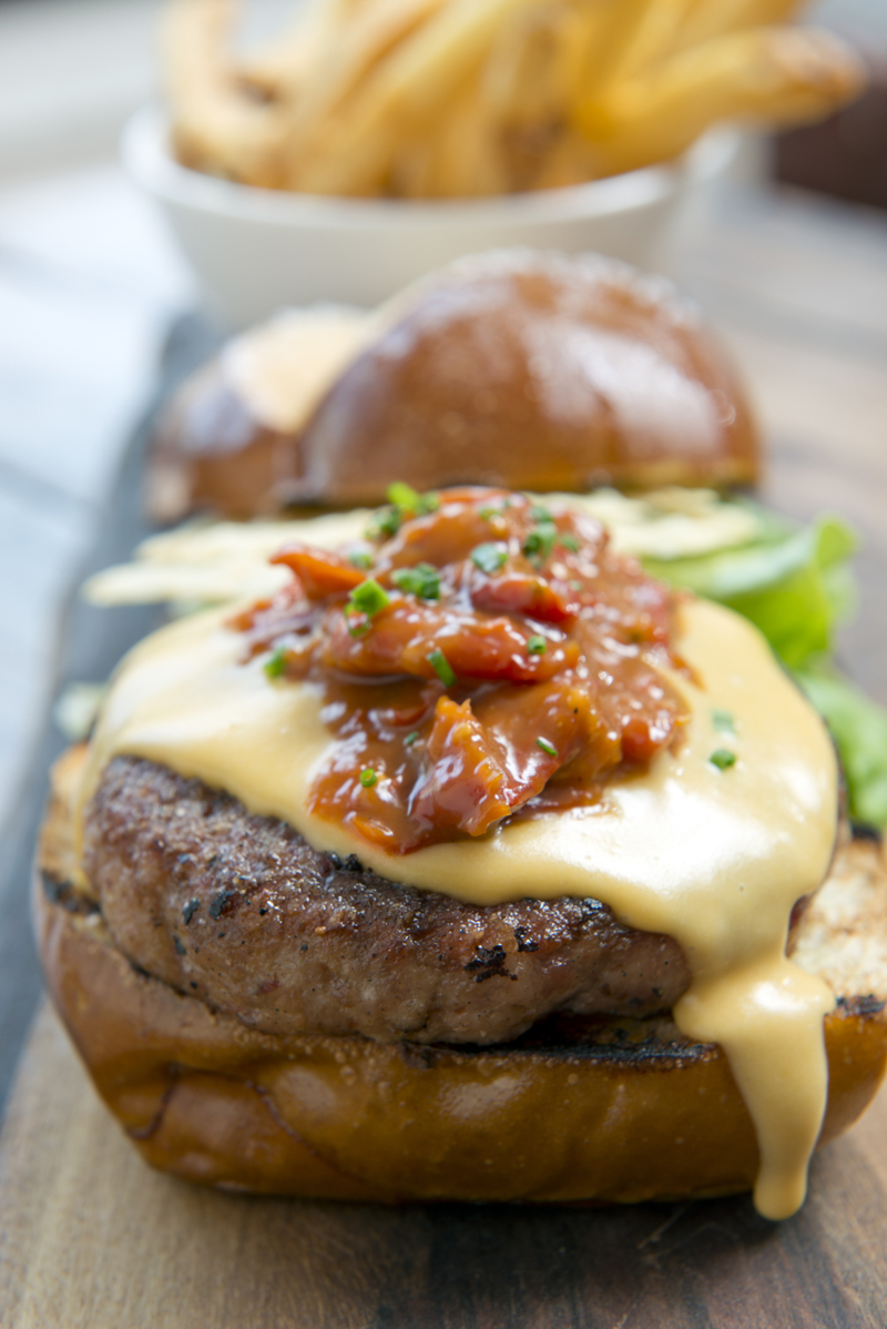 Hot Brown burger