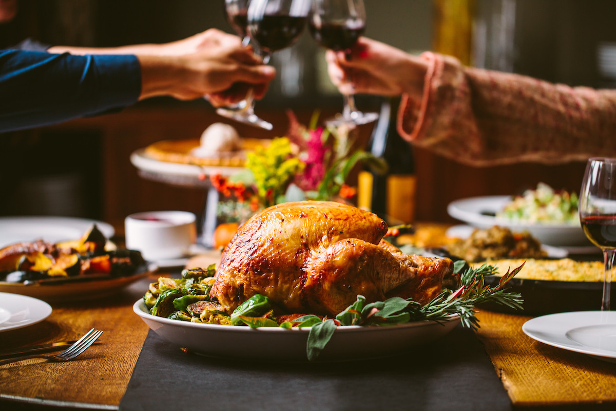 Don't argue with your uncle; enjoy Thanksgiving at a restaurant   Food & Dining Magazine